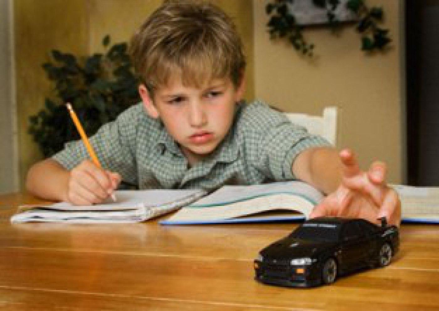 Penyebab dan Cara Mendidik Anak Hiperaktif dan ADHD namenoble.com web hosting terbaik